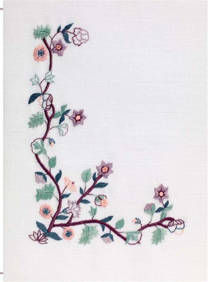 《欧式刺绣入门:装饰花纹与轮廓图案